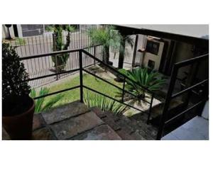 Vende-se Alvenaria mista 02 Dormitórios em Santa Cruz do