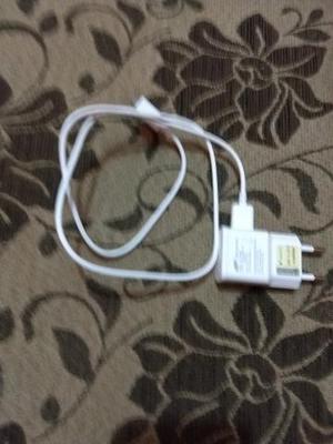 Vendo carregador Samsung original r$ 50