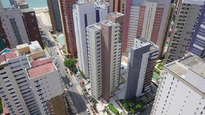 Apartamento com 3 Quartos à Venda, 71 m² por R$ 448.900