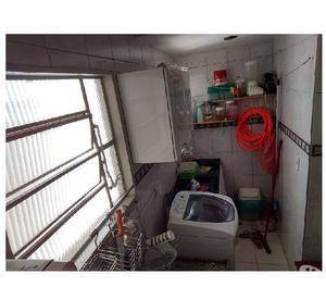 Apartamento de 2 dormitórios no centro de Caldas Novas GO