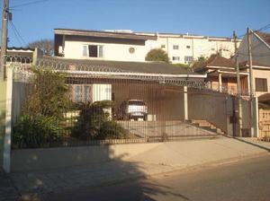 Casa com 4 Quartos à Venda, 380 m² por R$ 1.200.000