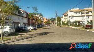 Casa em Condomínio a Venda no bairro Jardim São Luís -