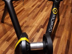 Rolo Smart CycleOps Magnus