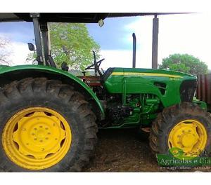 Trator John Deere 5090 E 4x4 (Apenas 400 Horas!)