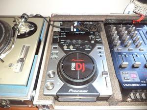 Vendo par de cdj pioneer 400 com case + mixer