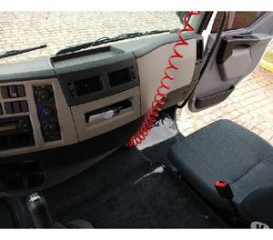 Volvo VM 270 8X2 2013 Bitruck Completo Com Baú Furgão