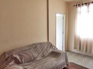 Apartamento com 2 dormitórios no Centro de São Vicente -