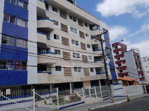 Apartamento com 3 Quartos à Venda, 120 m² por R$ 400.000