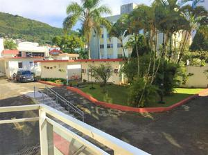 Apartamento com 3 Quartos à Venda, 84 m² por R$ 419.000