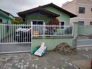 Casa residencial para locação, Vila Nova, Joinville.
