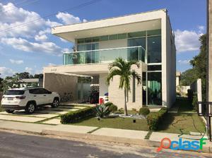 Vendo Excelente casa Duplex em Condominio fechado de Luxo na