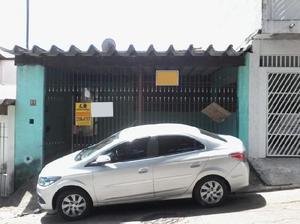 Casa · 80m2 · 2 Quartos · 2 Vagas