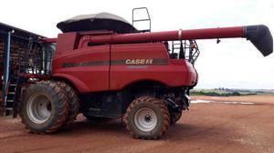 Colheitadeira Case IH 8120 ano 2012 com Plataforma Draper 40