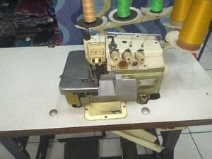 Máquina de Costura Interlock da marca Siruba