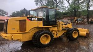 Vende-se Pá Carregadeira Cat 924Hz - Ano: 2012 - SemiNova