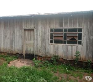 Vendo 2 casa de madeira para retirar