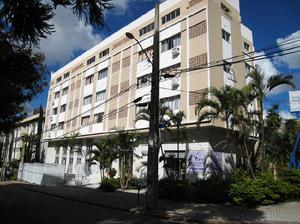 Apartamento com 1 Quarto para Alugar, 30 m² por R$ 800/Mês