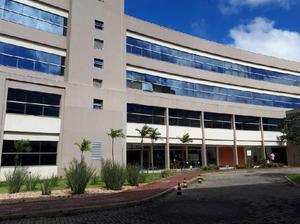 Imóvel Comercial para Alugar, 44 m² por R$ 2.500/Mês