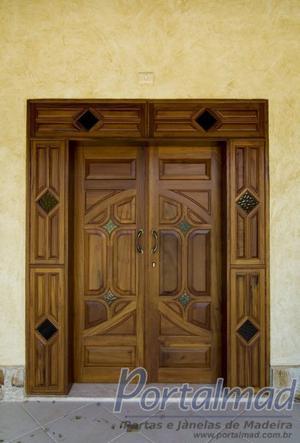 Portas e Janelas de Madeira e PVC, Esquadrias