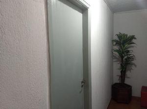 Sala Comercial para Alugar, 15 m² por R$ 650/Mês