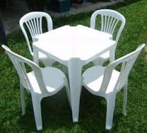 Aluguel de mesas e cadeiras plásticas