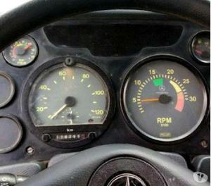 Caminhão mb 1215 toco baú 60.000,00