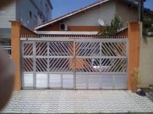 Casa com 3 Quartos à Venda, 120 m² por R$ 150.000