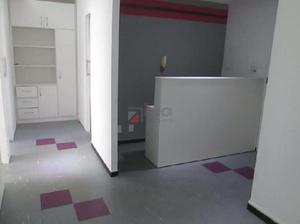 Sala Comercial à Venda, 43 m² por R$ 470.000