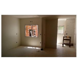 Vende-se Duplex 02 E 03 Dorm, suíte, closet em - Santa Cruz