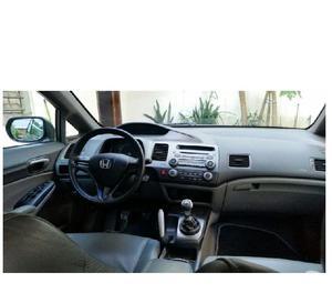 Honda Civic 2009 mecânico pra assumir prestações