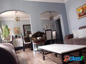 Apartamento a Venda no bairro Água Verde - Curitiba, PR -