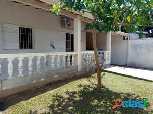 CASA COM EDICULA - Venda - Sao Sebastiao - SP - Enseada
