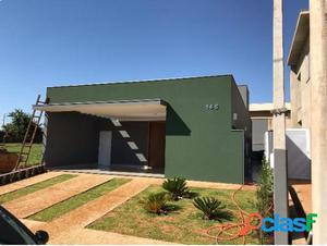 Casa Térrea em Condomínio 3 dormitórios - Casa em