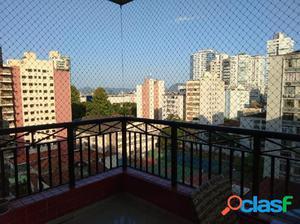 Apartamento com 4 dormitórios para alugar, 200 m² por R$
