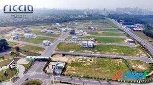 Terreno plano no Jd do Golfe 3 - 900 m² - Quadra 03