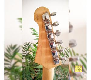 Guitarra Stratocaster Yamaha Pacifica PAC 012 Ponte Tremolo
