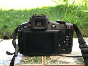 Vendo ou troco câmara digital semi profissional aceito