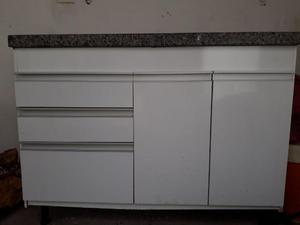 Pia de mármore com gabinete e cuba de inox