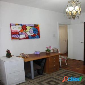 Apartamento 2 dormitórios no Boqueirão - Santos.