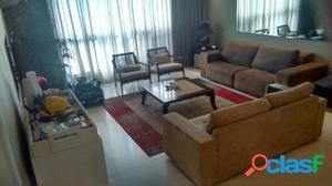 Apartamento com 3 dormitórios à venda, 164 m² por R$