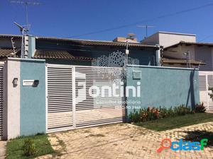 Casa a venda em Palmas, 2/4, 111m², R$ 220 mil.