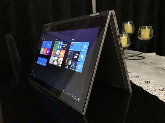 Notebook 2 em 1 Dell Inspiron Serie  I-B40 Intel