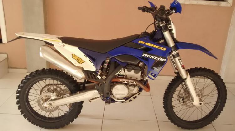 Vendo moto Sherco 300cc 4t ano 2012