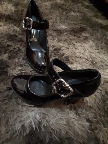 Sapato vendo ou troco 37