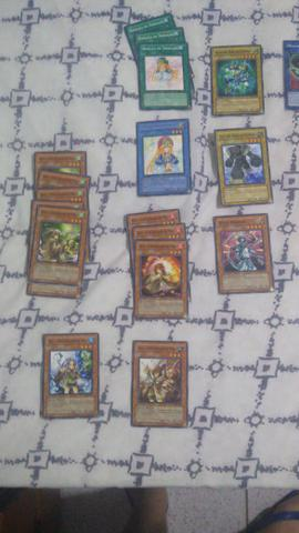 109 Cartas Yu Gi Oh