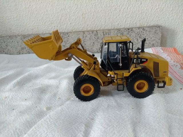 Miniatura Pá Carregadeira 950 H