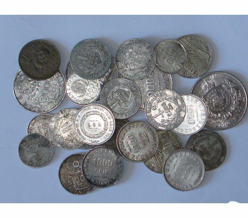 Vendo 65 Moedas Antigas De Prata desde  até  R$950