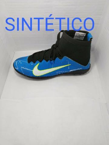 Chuteiras e soçayt da Nike