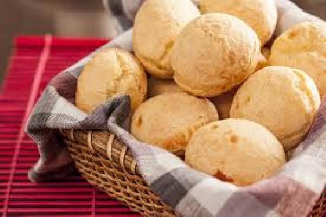 Pão de queijo e salgados congelados
