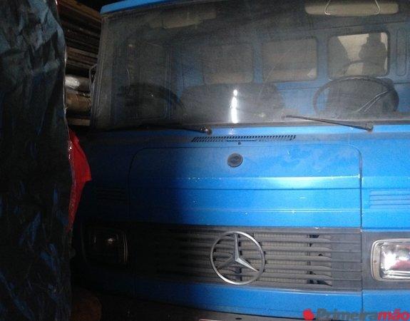Mercedes Benz 708